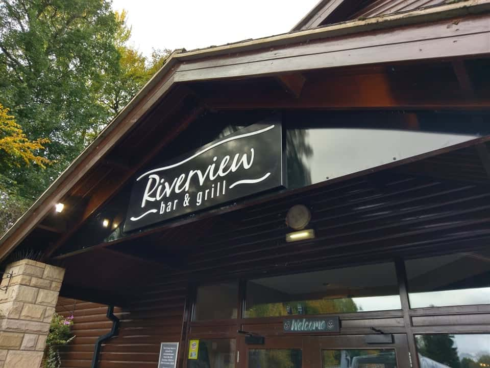 Riverview Bar and Grill